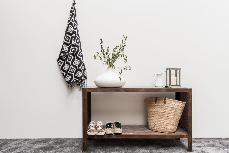 console industrielle regina finition rouille et c t en t le. Black Bedroom Furniture Sets. Home Design Ideas