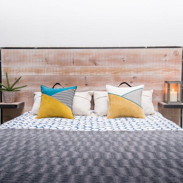 t te de lit avec tag res int gr es lit 160cm. Black Bedroom Furniture Sets. Home Design Ideas